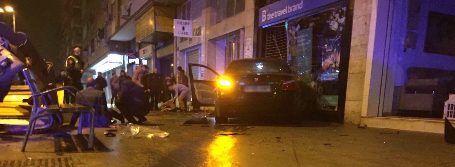 Un conductor choca contra la mediana en camino de ronda - Agencia de viajes diana garzon ...