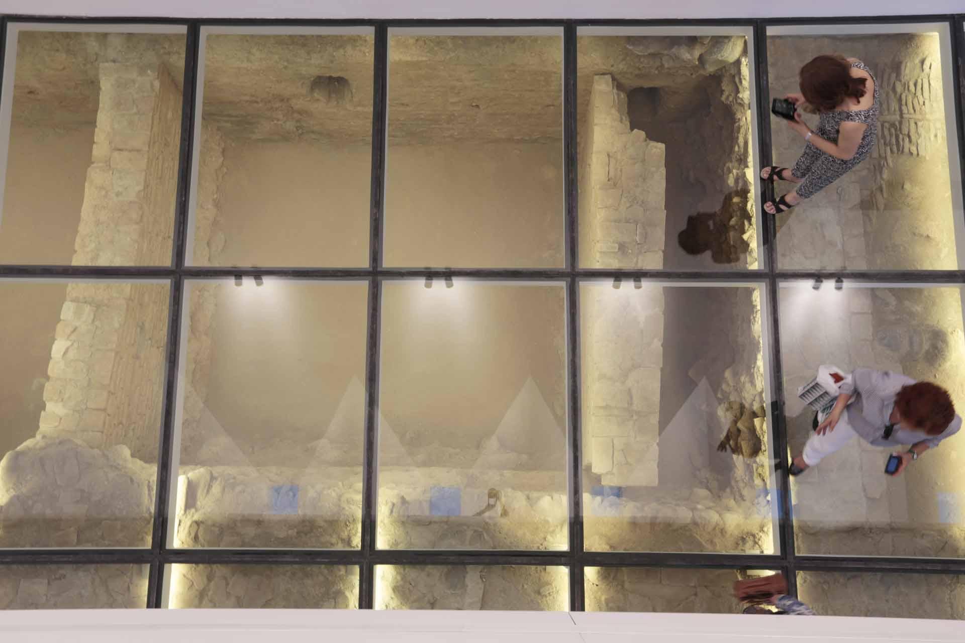Vida en el cuarto real el independiente de granada for Cuarto real de santo domingo