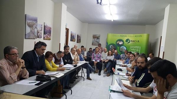 La sede de FACUA albergó la primera reunión para constituir la plataforma.