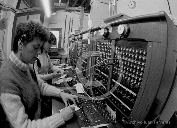 Las últimas operadoras de la centralita de Telefónica en Polopos.