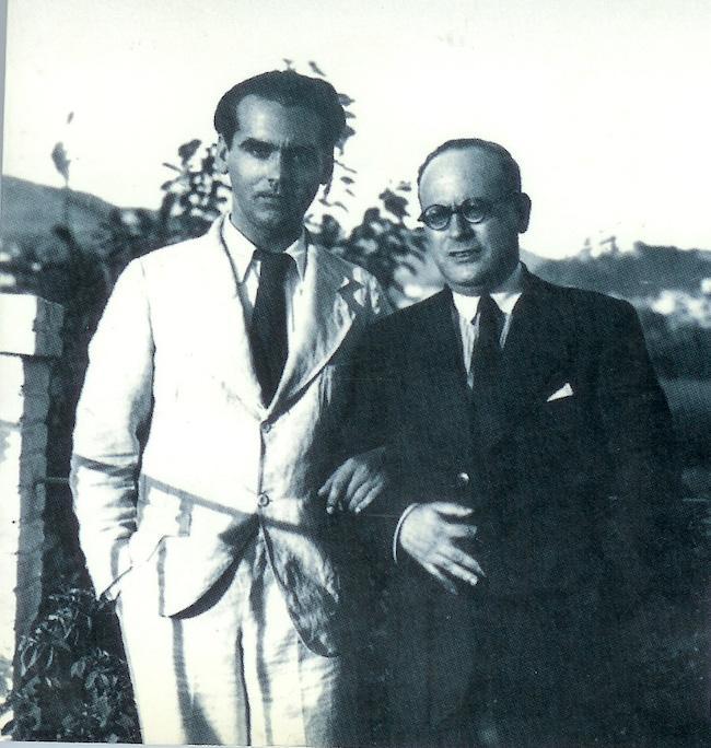 Ruiz Carnero con Lorca, en la terraza de la Huerta de San Vicente.