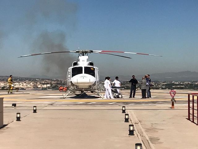 Un momento del simulacro, en el helipuerto del hospital.