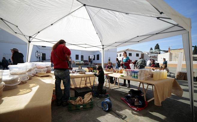 El Ecomercado se montará en el patio del centro.