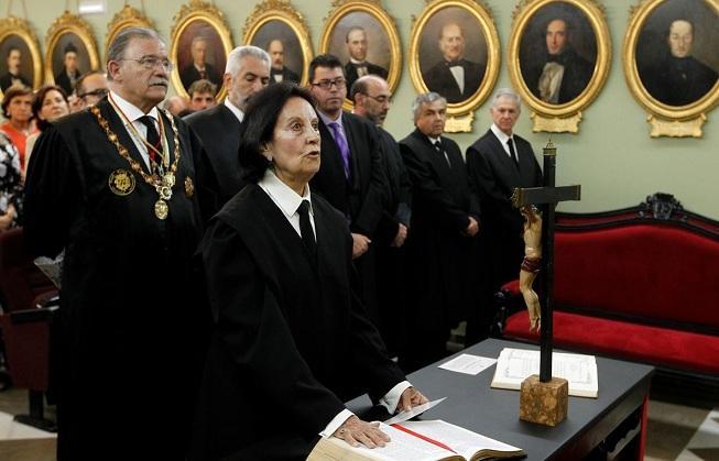 Acto de juramento o promesa de los nuevos abogados.