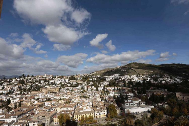 Panorámica del Albaicín, uno de los barrios históricos de Granada.