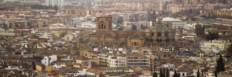 En 2014 la Catedral de Granada aún no estaba inmatriculada como propiedad de la iglesia católica.