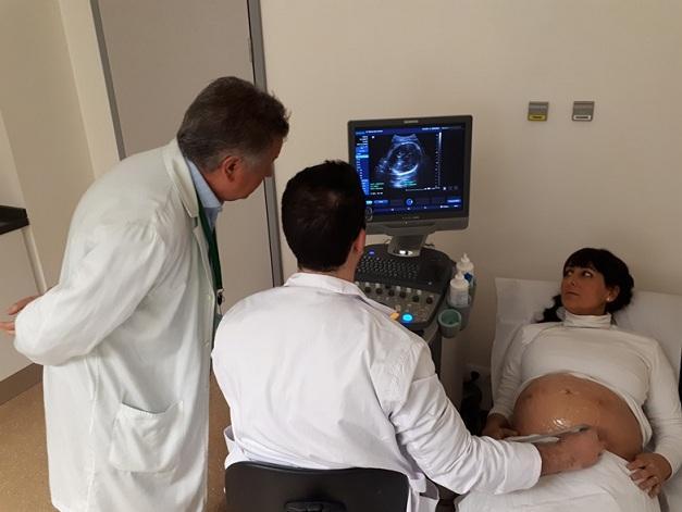 Atención a una paciente en las nuevas consultas del PTS.