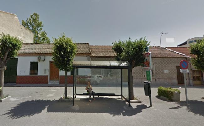 Parada de bus en Churriana.