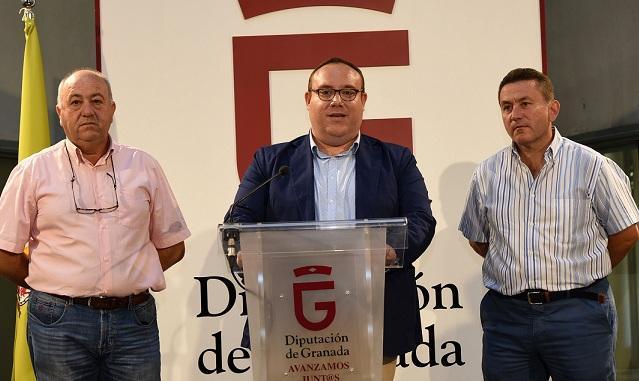 Manuel Guirado presenta la línea de ayudas para deportistas.