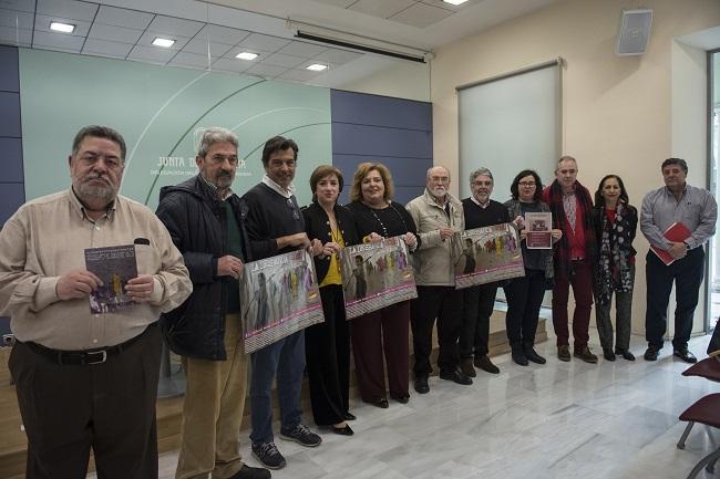 Asociaciones e instituciones unidas para conmemorar 'La Desbandá'.