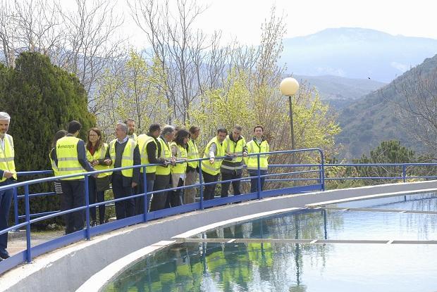 Visita a la estación de tratamiento de agua potable de Emasagra.