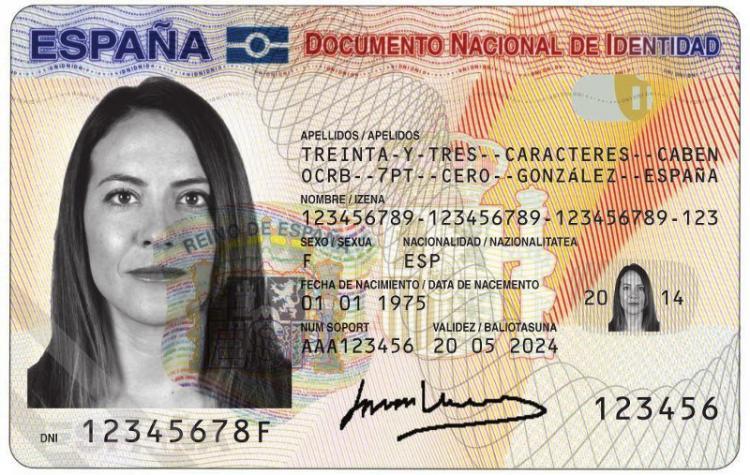Varias oficinas policiales del dni de granada ya no dan for Oficinas pasaporte madrid