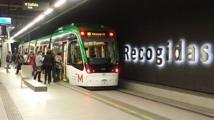 Metro en la estación de Recogidas.