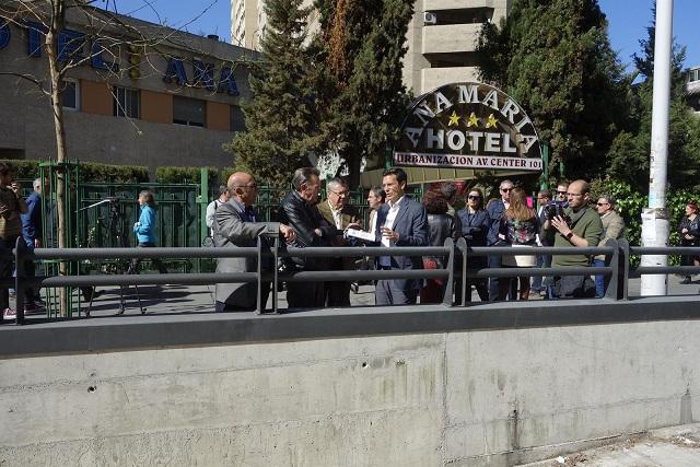 El aparcamiento está entre las paradas de Recogidas y Méndez Núñez.