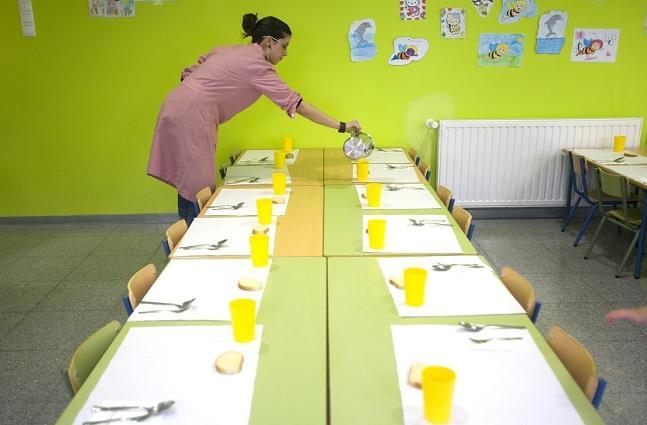 La Junta modifica la contratación de comedores escolares para ...