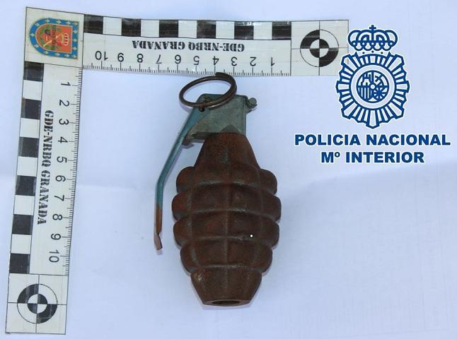 La granada, de fabricación estadounidense.