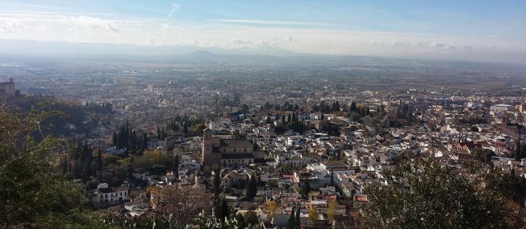 Granada formalizará ante Fomento la petición de reducir la velocidad en la Circunvalación para frenar la contaminación.