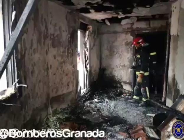 Estado en que quedó la vivienda incendiada.