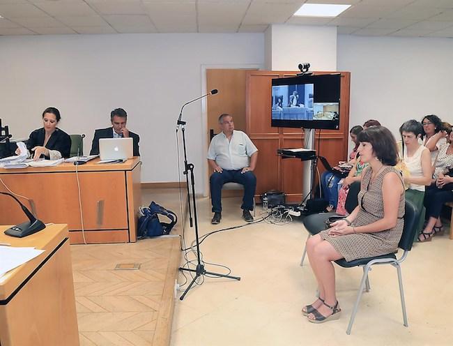 Juana Rivas declara en el juicio por la supuesta sustracción de sus hijos.