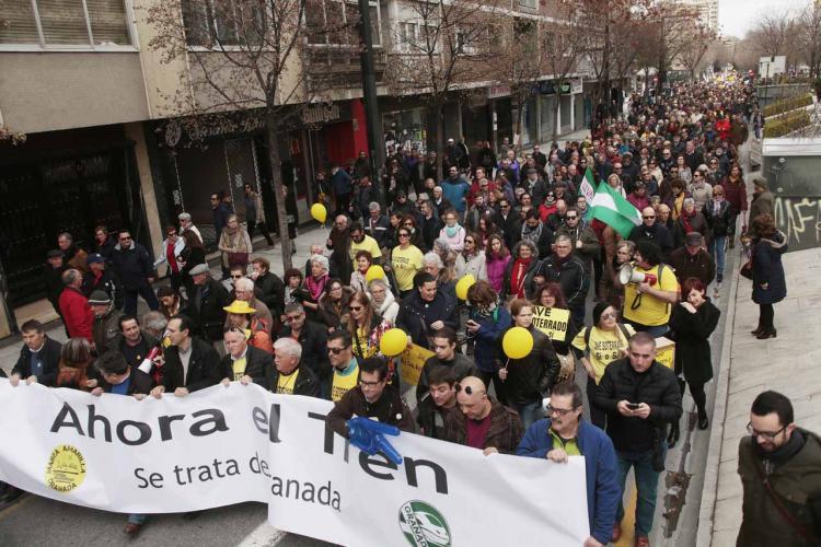 Una de las manifestaciones contra el aislamiento ferroviario en 2017.