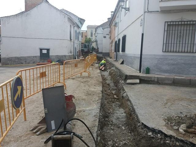 Obras para la eliminación de colectores de aguas residuales.