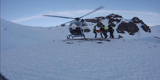 Imagen de la evacuación en helicóptero este domingo.