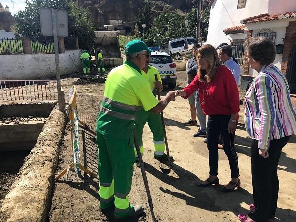 La presidenta de la Junta en su visita a Guadix.
