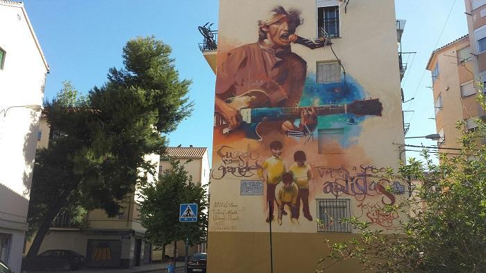 Imagen del espectacular mural dedicado a Jesús Arias.