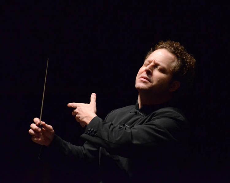 El director de orquesta John Axelrod.
