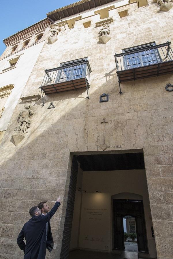 La intervención en la fachada era muy necesaria ante los efectos de la polución y los años de erosión.