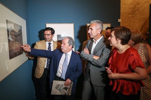 La exposición inaugurada hoy permanecerá hasta el 15 de octubre.