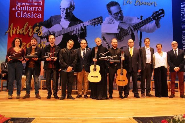 Foto de familia de los ganadores de la edición de 2019.