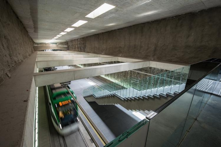 Extraordinaria imagen del interior de la Estación de Metro de Alcázar de Genil.