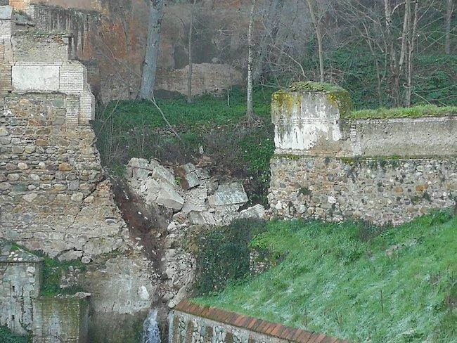El muro, cuando se derrumbó en febrero de 2019.