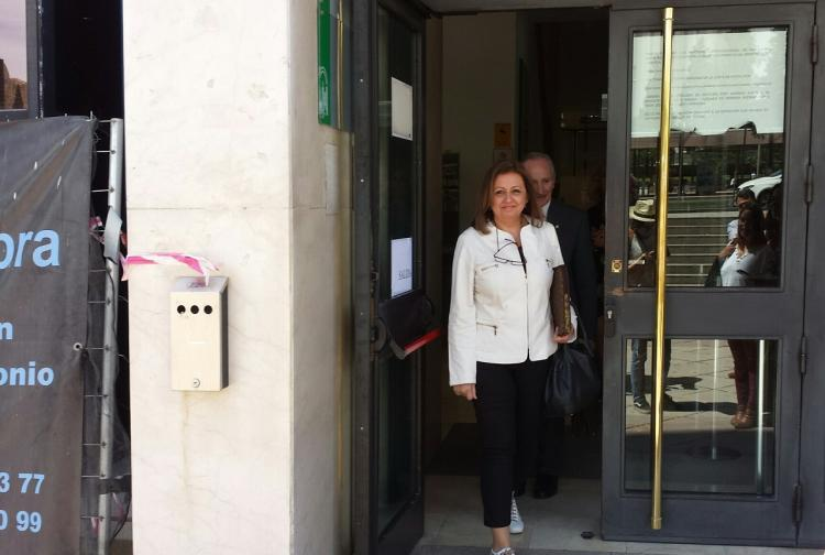 María del Mar Villafranca al abandonar los juzgados tras declarar por el caso Audioguías.