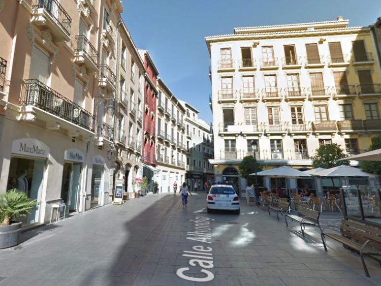 Calle Alhóndiga.