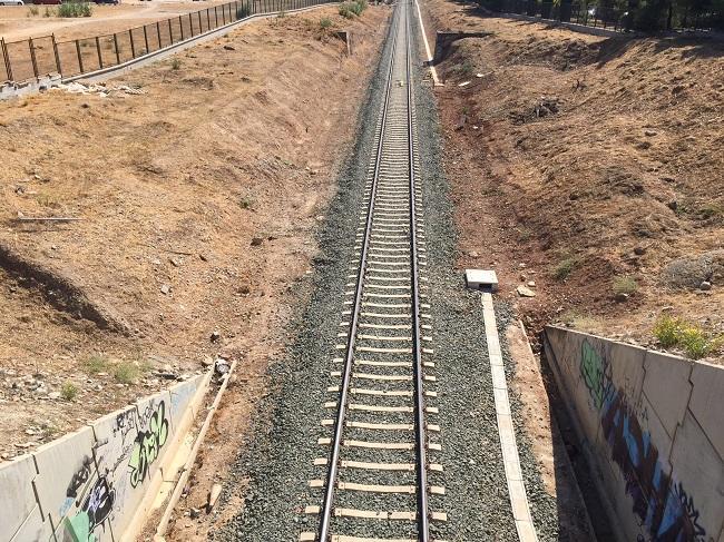 920 días sin que circule tren alguno en Granada.