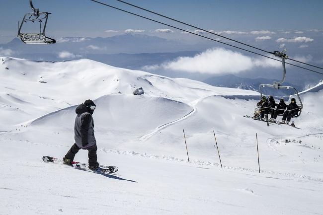 La estación mantiene abiertos 110 kilómetros de nieve y acumula 4 metros de espesor.