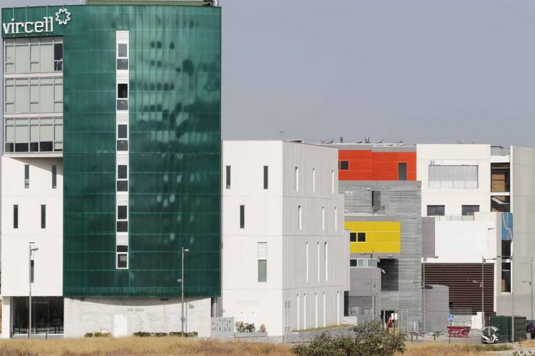 Edificios de empresas en el PTS.