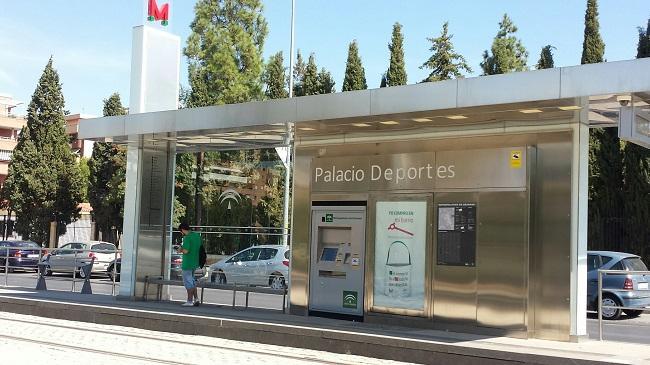La campaña pretende difundir las ventajas de desplazarse en el Metro.