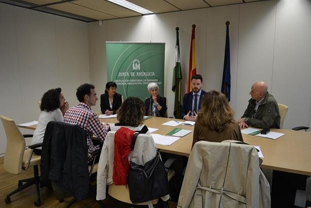 Reunión de la Junta con Asociación Española Contra el Cáncer.