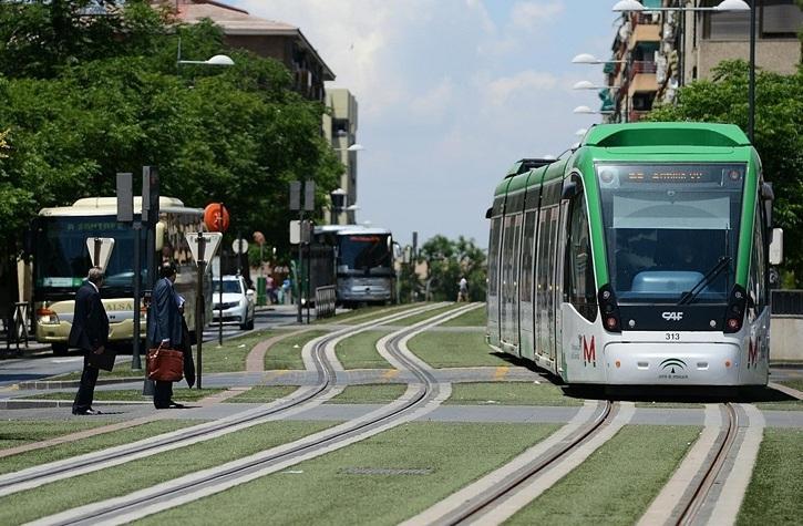 El metro durante un recorrido por la capital.