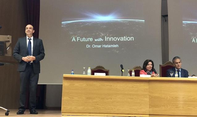 Omar Hatamleh, de la NASA, durante una anterior visita a la UGR.