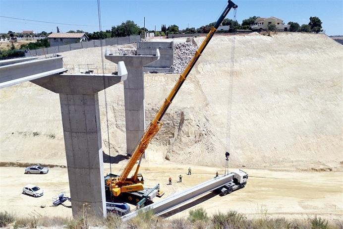 Espectacular imagen del puente de la variante.