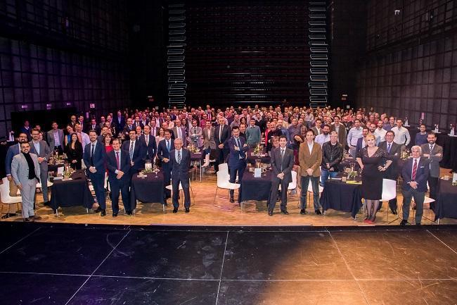 Asistentes a la gala del XXV aniversario del Grupo Trevenque.