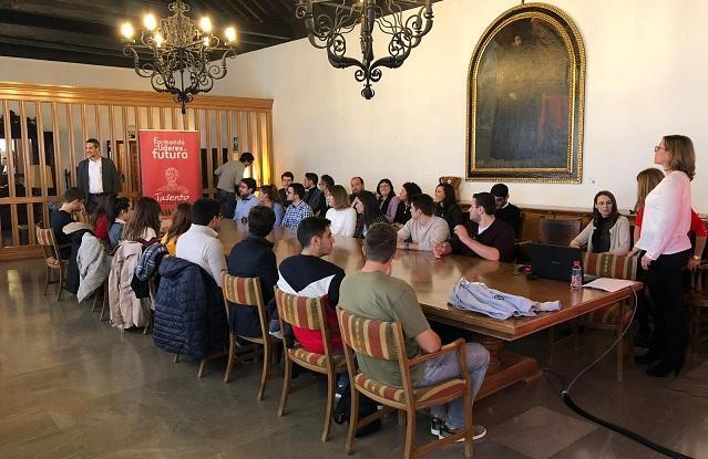 Una de las reuniones de participantes del programa.