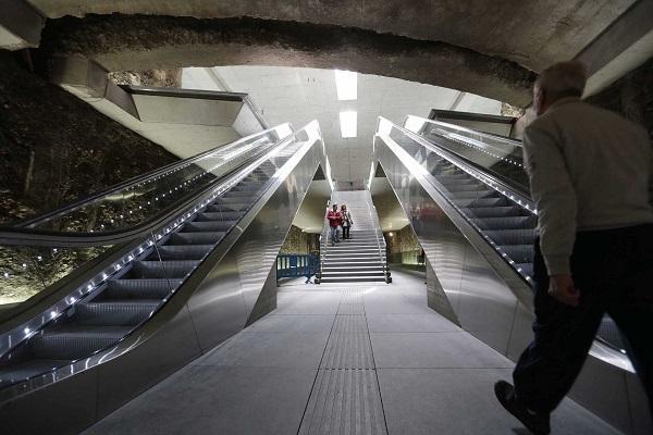 La estación fue diseñada por Jiménez Torrecillas.