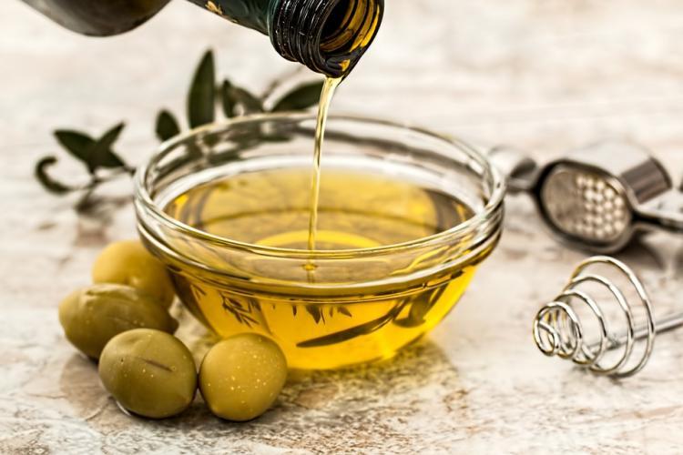 El aceite de oliva virgen extra, aliado de la salud.