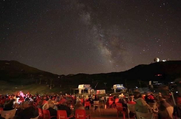 Desde Borreguiles la visión del cielo es espectacular.