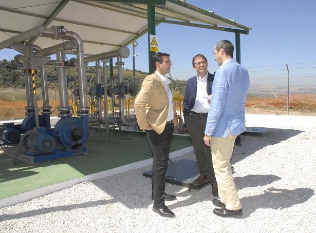 Visita del alcalde a la planta de biogás.